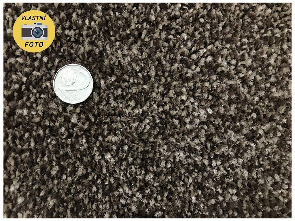 Metrážový koberec bytový Tramonto Filc 6332 hnědý šíře 5 m