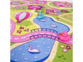 Dětský kusový koberec Sweet Town  | vícebarevný