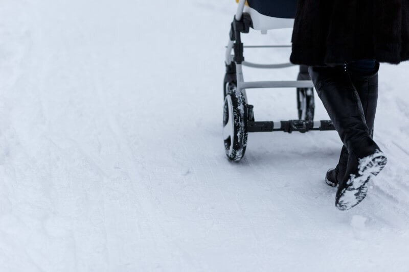 jazdenie-kocika-po-snehu