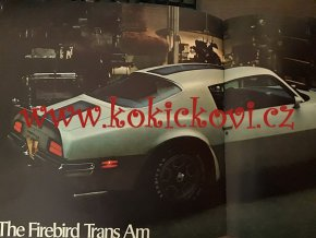 REKLAMNÍ PROSPEKT / KATALOG PURE PONTIAC 1971 - BAREVNÉ FOTOGRAFIE - 28 STRAN - Grand Prix, GTO, Judge, GT-37, Firebird and Trans Am