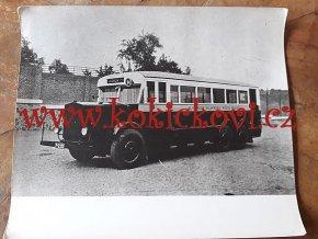 ŠKODA AUTOBUS HL. MĚSTA PRAHY R. 1935? - REKLAMNÍ FOTOGRAFIE ROZMĚRY A STÁŘÍ VIZ POPISEK