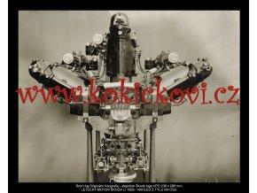 LETECKÝ MOTOR ŠKODA Lr 1929 - NÁHLE Z TÝLU NA OSU - SLEPOTISK LOGO ŠKODA BROM Ag. ORIG. FOTOGRAFIE - 238*286 MM