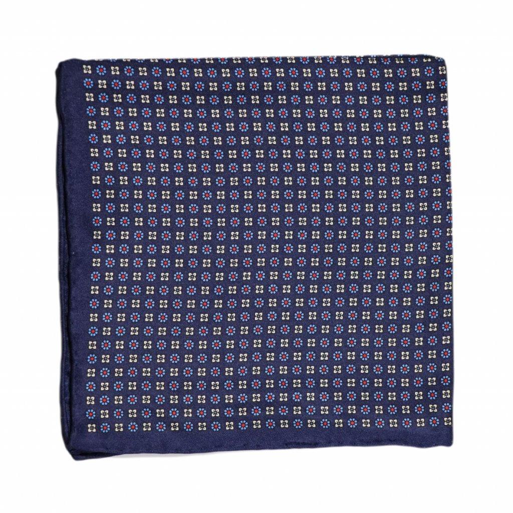 Modrý hedvábný kapesníček s drobnými květy
