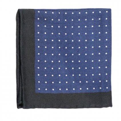 Modrý vlněný kapesníček s puntíky
