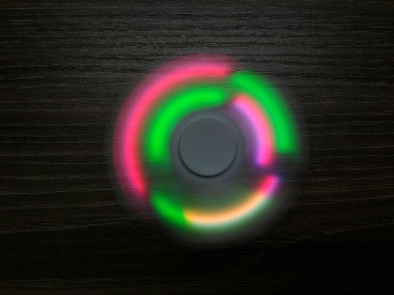 Fidget Spinner LED červený 7cm (TOP KVALITA)