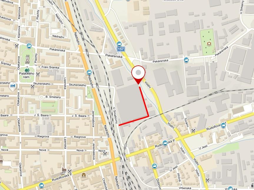 Mapa s vyznačenou trasou příjezdu ke skladu firmy Komíny pro krby s.r.o. na adrese České Budějovice, U Smaltovny 115/2
