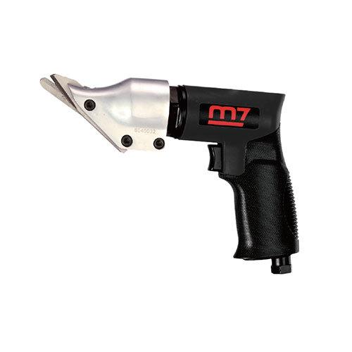 Pneumatické prostřihovače plechu M7