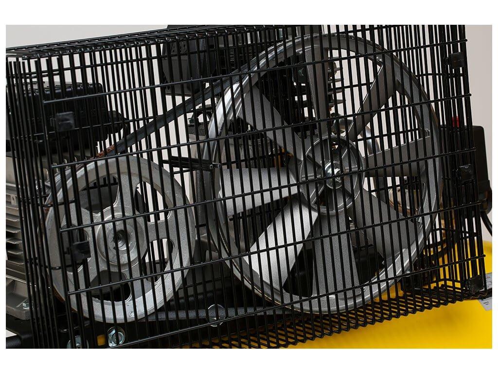 Olejový kompresor B26-1,5-90CM