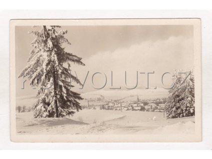 Nové Město na Moravě zimní ČB foto celkový pohled z lesa Orbis Pha MF 2704700 20a