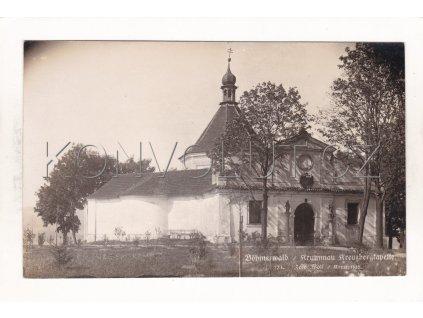 Český Krumlov Kreuzbergkapelle Kaple Křížový Vrch kostel víra ČB foto J. Wolf č. 124 1a