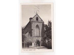 Zlatá Koruna klášter vchod ČB foto J. Wolf č. 371 1a