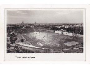 Opava Tyršův stadion sport ČB foto Grafo Čuda 1a