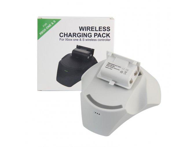 Bezdrátová nabíjecí stanice s akumulátorem Xbox One bílá