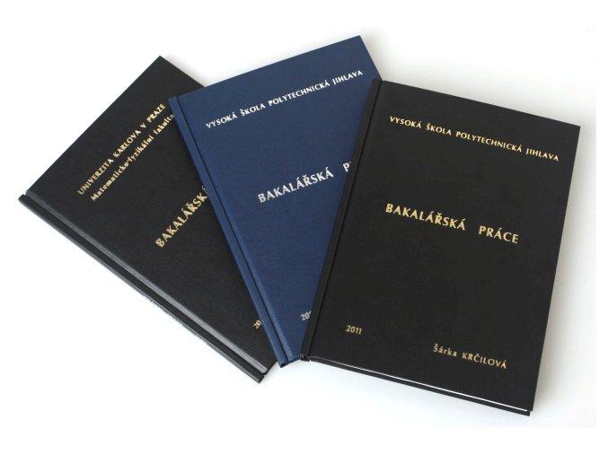 Pevná vazba CLASSIC - Ražba (Zvolte barvu desek Bordó, Zvolte barvu ražby Stříbrná, Počet vyražených řádků 3)