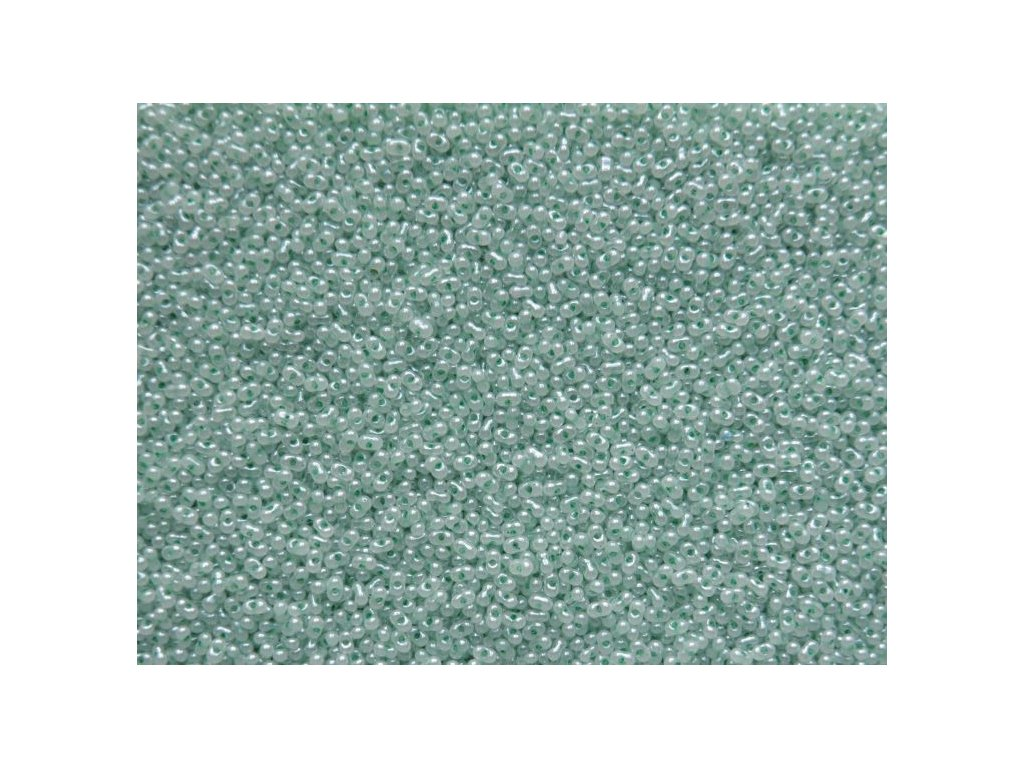Korálky - farfale zelený alabastr 37356