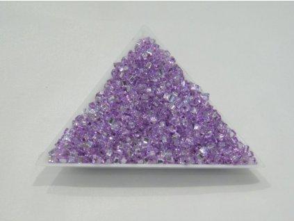 Korálky - rokajlové perličky - trojúhelníčky světle fialové 3,5 mm