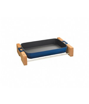 LAVA METAL Litinový pekáč 22x30cm s dřevěným podstavcem - modrý