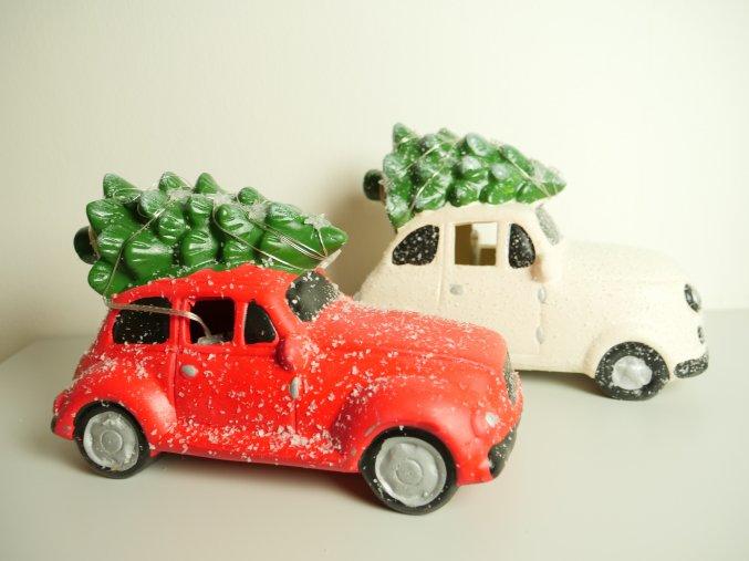 Vánoční autíčko se stromečkem (2 varianty)