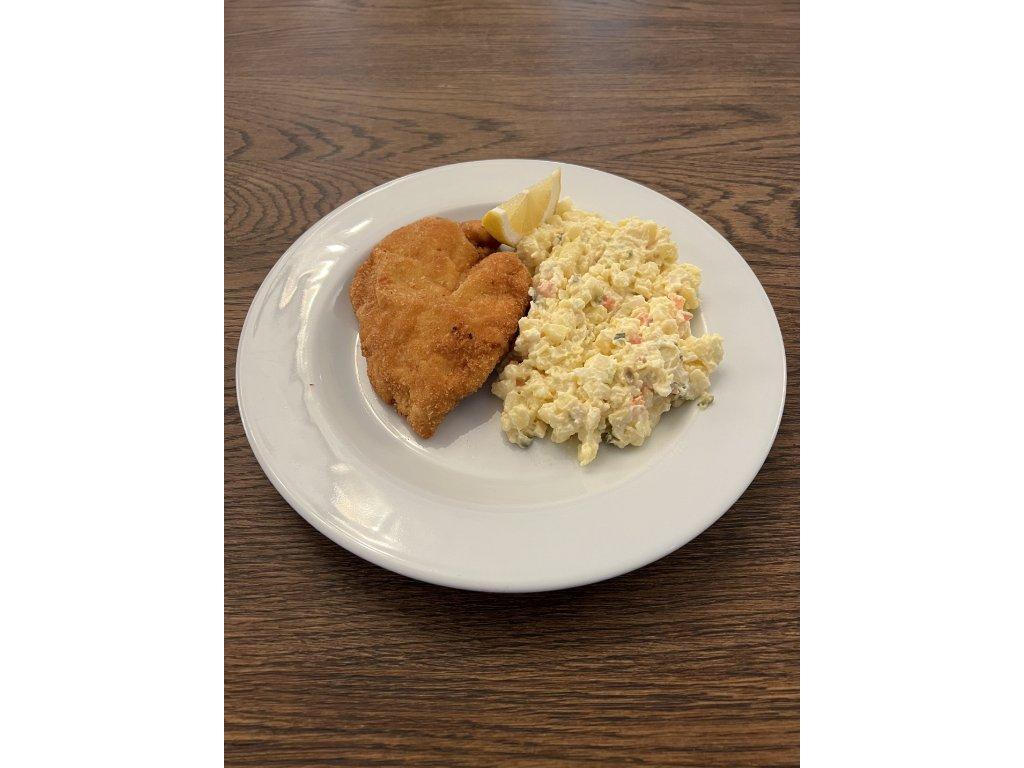 Řízek z kuřecích prsou smažený na másle, 120 g, bramborový salát