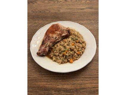 Steak z hovězího pupku s grilovanou zeleninou a dýňová kaše, 200 g