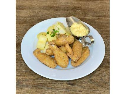 Smažená kuřecí křídla, 300g,, brambory vařené m.m.