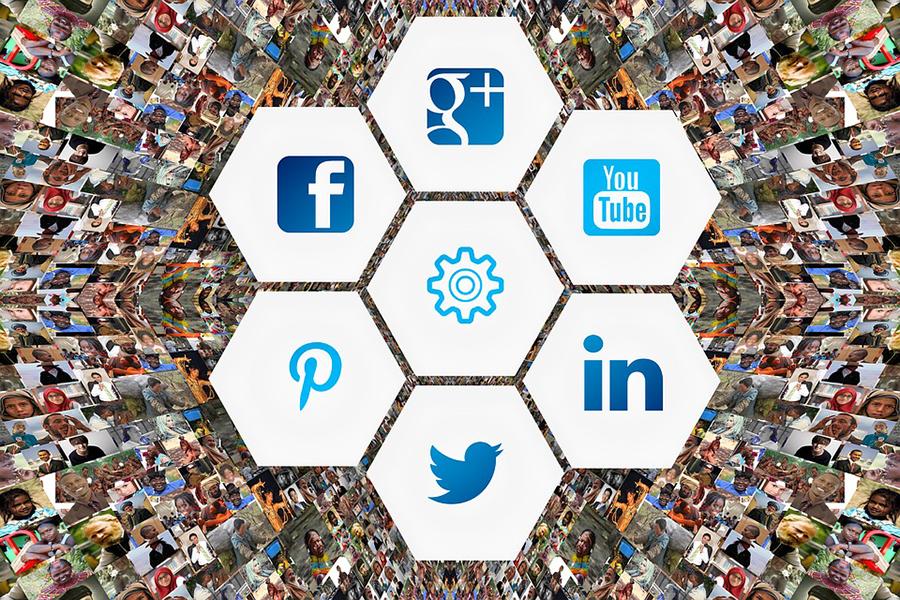 Vplyv sociálnych sietí na tímy