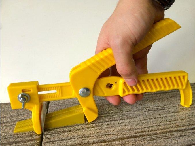 Montolit SAP3 04D 01 Sada klínky, 1,5mm spony, kleště plastové