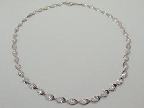 Zlatý náhrdelník bílý (1)
