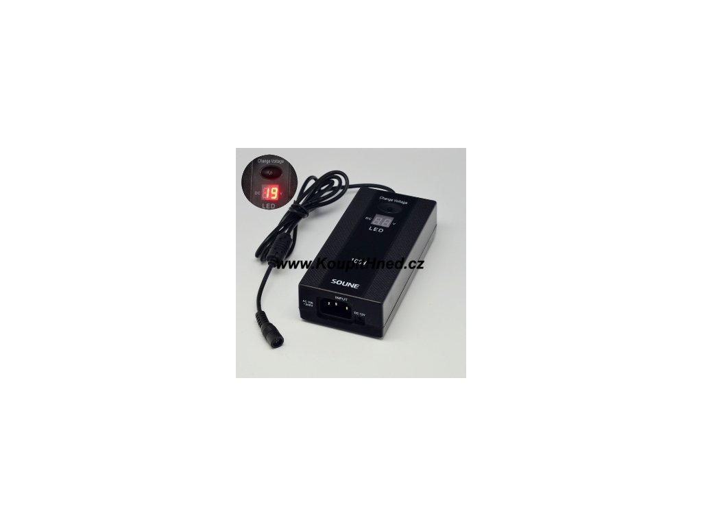 Univerzální napájecí adaptér s displejem LED a výkonem 100W