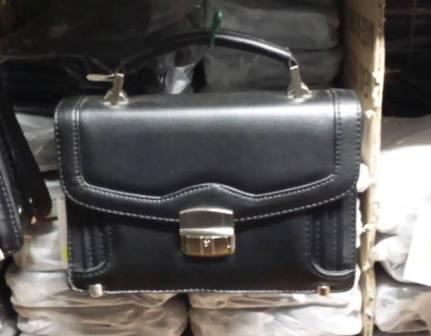 Pánská taška do ruky menší