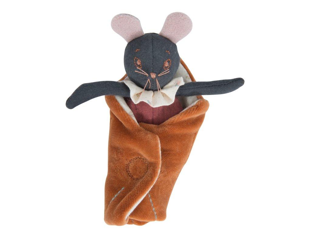 Malá myška Rose v zavinovačce