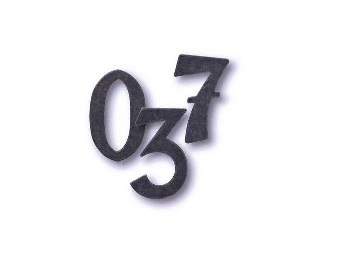 Cobra kovaná číslice