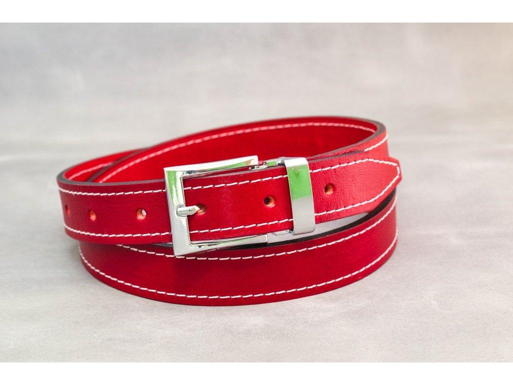 Červený opasek s chromovanou sponou a bílým šitím, šíře 30mm