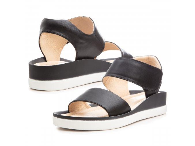 Kožené černé letní sandály 1