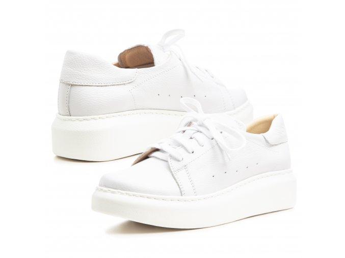 Kožené bílé dámské tenisky vyšší podešev bílá 1