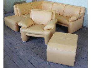 Kožená sedací souprava s křeslem a taburetem, broskvová