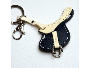 M205whitebl saddle