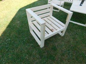 Dřevěné zahradní křeslo SIENA s poltrem v ceně