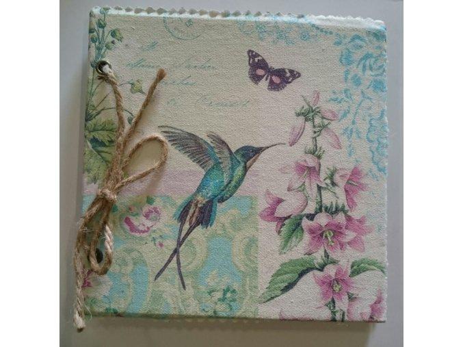 Zápisník - památník  kolibřík