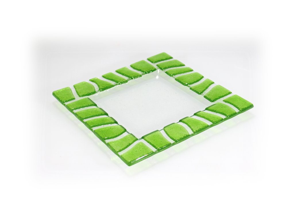 skleněný fusovaný tácek zelený