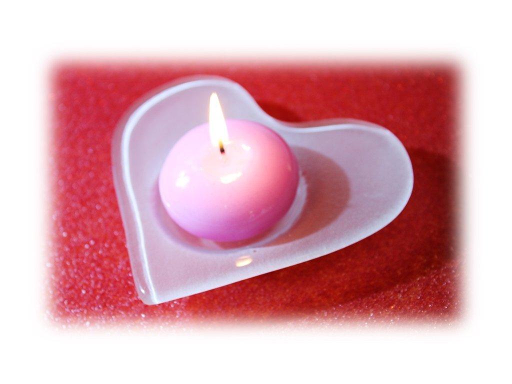 Skleněné srdíčko na čajovou svíčku