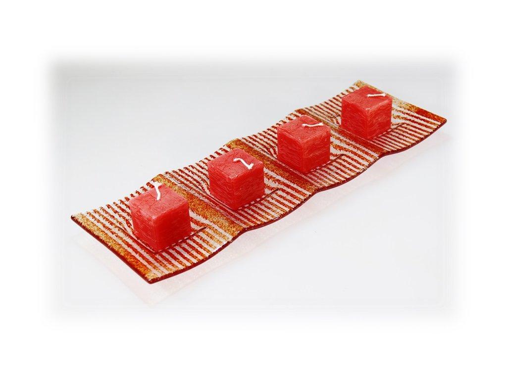 Svícen červený na 4 svíčky
