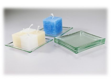 skleněný tácek pod svíčku