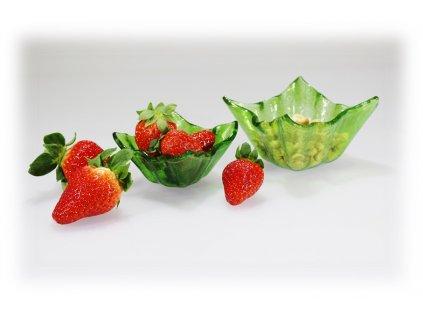 skleněné misky zelené