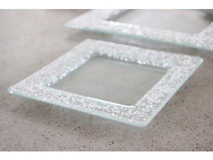 Drop skleněný tácek na svíčku 16x16cm bílý