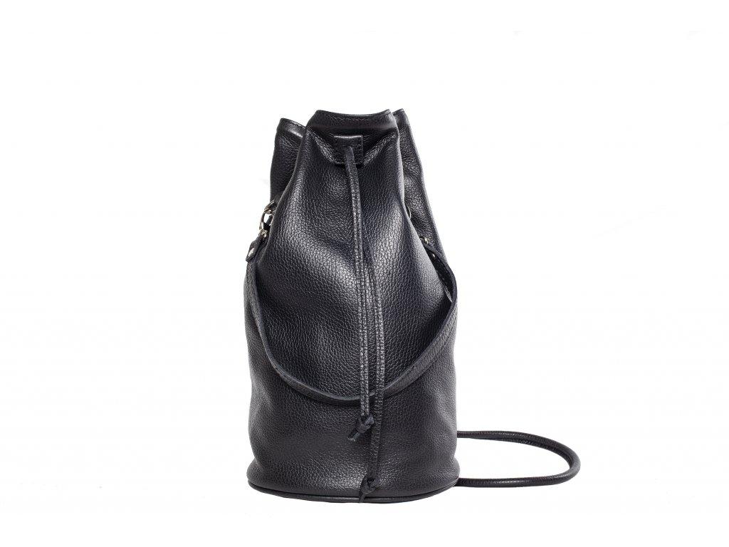 Čierny kožený batůžek