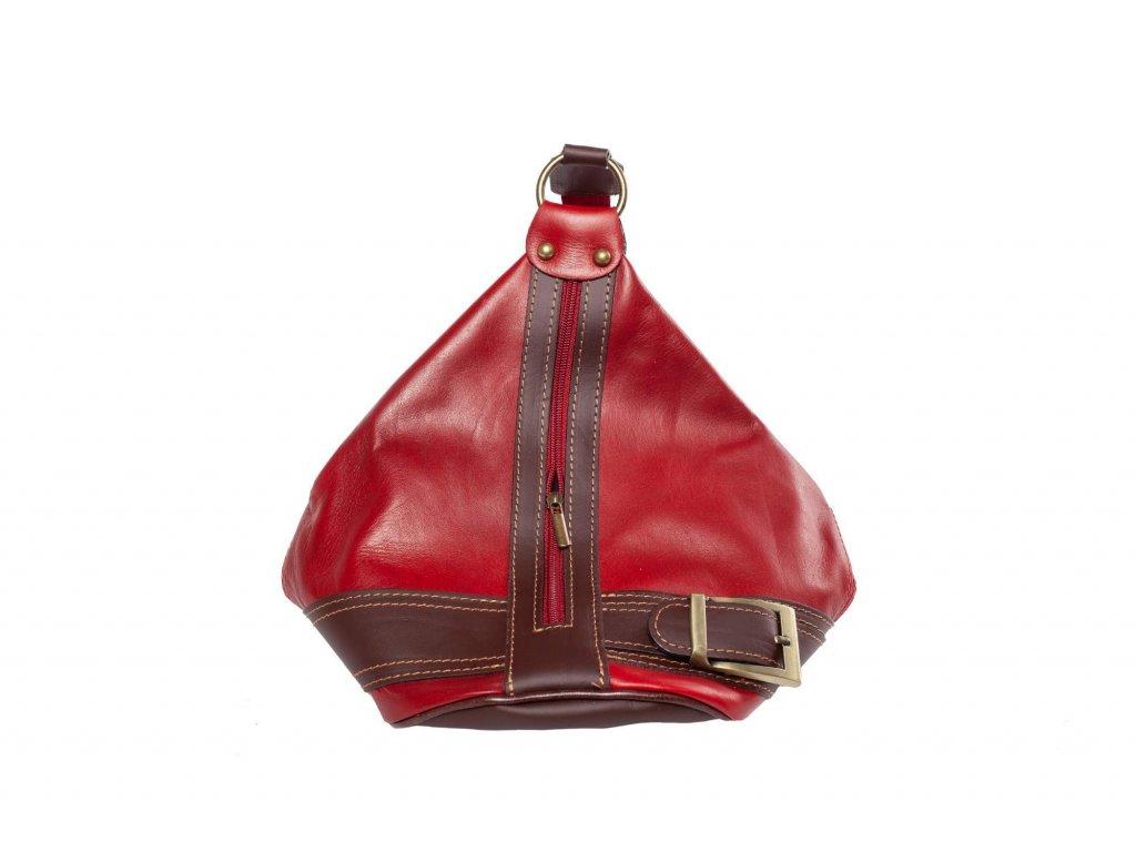 Červená kožená kabelka