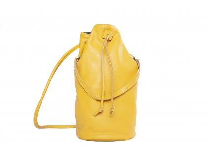 Žlutý kožený batůžek