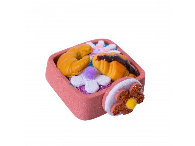 Košík s croissanty