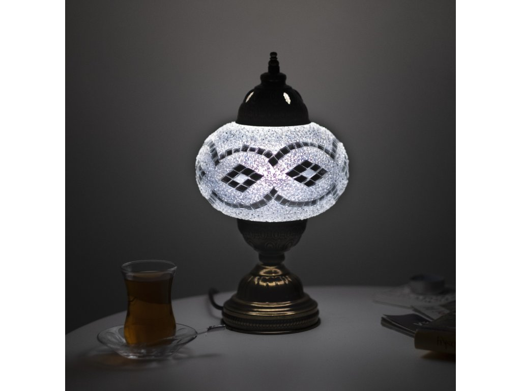 lampa beyaz